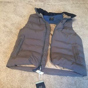 Grey puffer vest GAP: new with tags